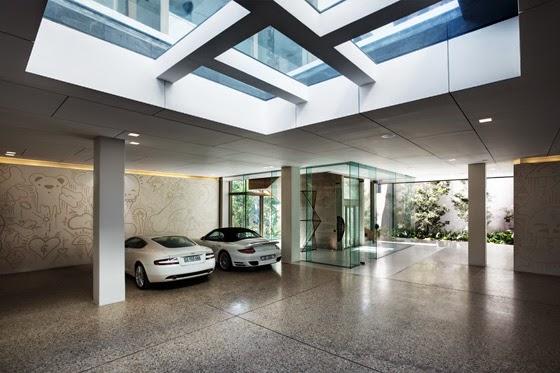 Garasi Rumah Mewah