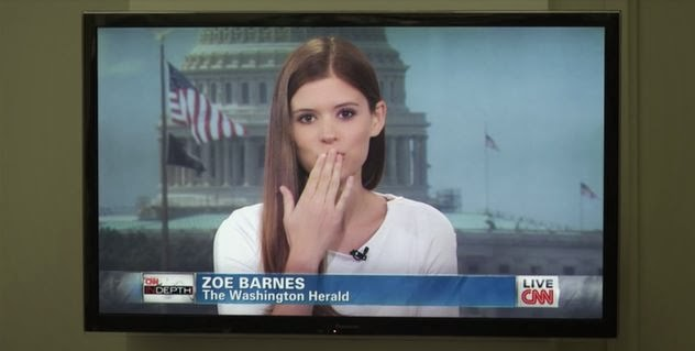 Zoe Barnes blows Francis Underwood a kiss