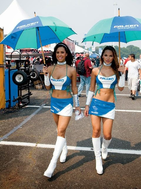 "10 Foto ""HOT"" Umbrella Girl MotoGP Aragon"