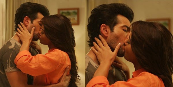 Surveen Chwla & jay Bhanushali Hot sex steamy scenes in upcoming film hate Story 2 Hot Pics & Hot Videos trailer at Bollywoodaddaa.blogspot.in Download now