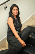 Kruthika Jayakumar gorgeous photo2-thumbnail-14