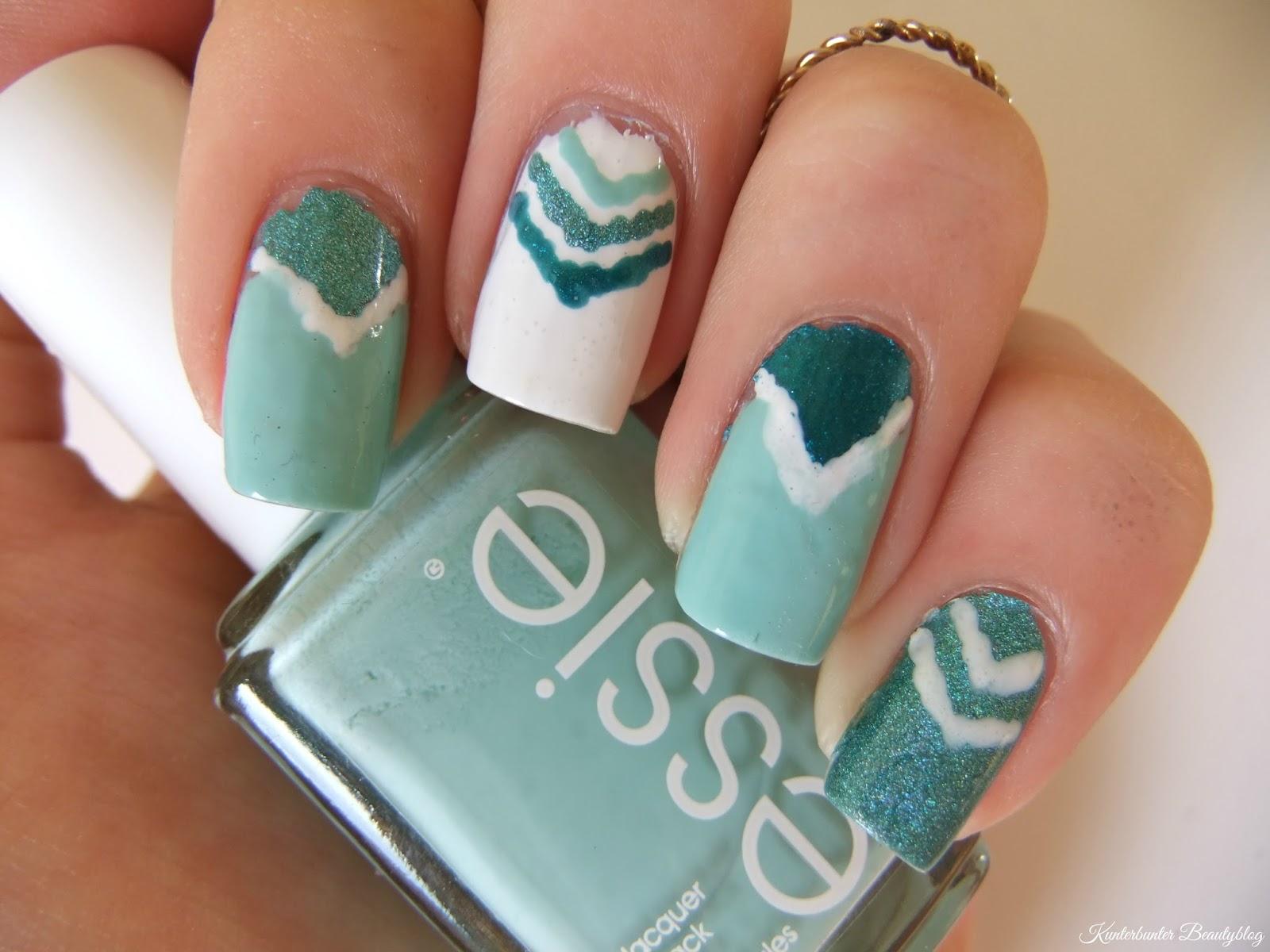 Sommer-Dreiecks-Nageldesign - Kunterbunter Beautyblog