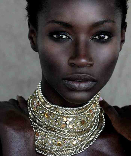 Conto Africano para leitura deleite Mahura a Moça Trabalhadeira