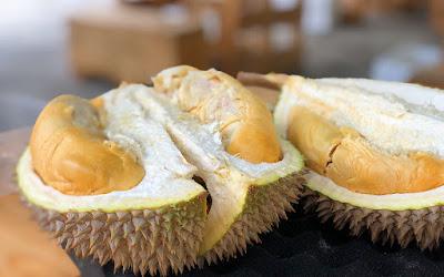 Tempat Wisata Kuliner Buah Durian di Kota Medan yang Ramai di Kunjungi