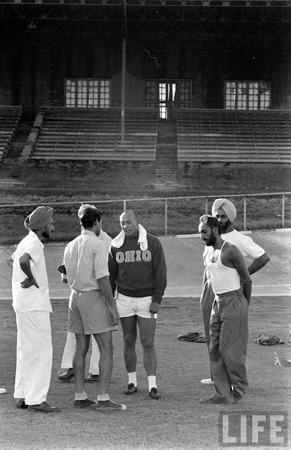 Jesse+Owens+in+India+1955+%252831%2529
