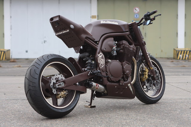 Racing Caf 232 Suzuki Bandit 1200 Quot Hot Chocolate Quot By Bad Bikes
