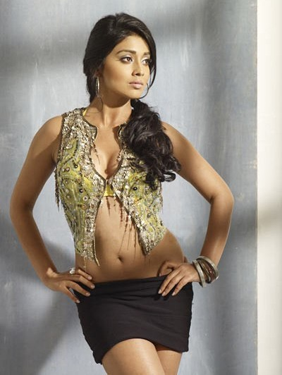 Shriya Saran Sexy Photos