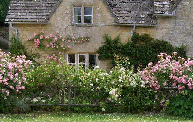 Dal profondo del cuore bibury nella verde inghilterra for Planimetrie inglesi del cottage