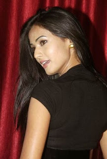 Sonal chauhan Bollywood Actress, Sonal chauhan Hot Photos, Sonal chauhan Pics