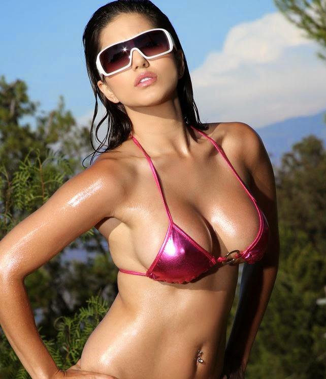 Sunny Leone Hot Nip Slip Nip Impression In Her Darker Pink Bikini Looks very Sexy and Super-Hot Exposing her Big Cleavage in Tight Bra