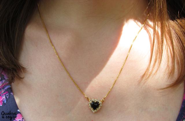 Conjunto de gargantilha e brinco de coração negro Valentina Volpe