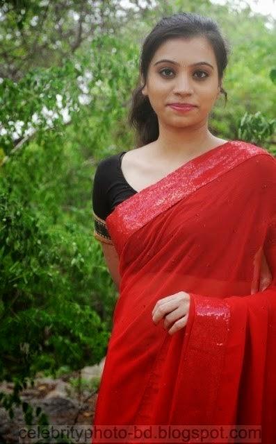 Actress%2BPriyanka%2BNair%2BRed%2BSaree%2BStills%2BSpicy%2BHot%2BPhotos025