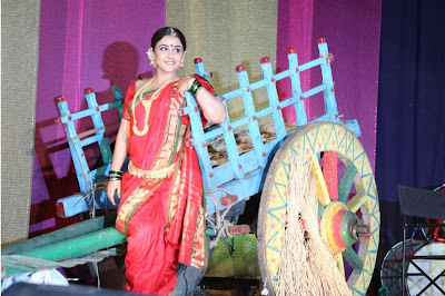 "viday balan dancing at the launch of lavani song mala jau de from ""ferari ki sawaari"" movie unseen pics"