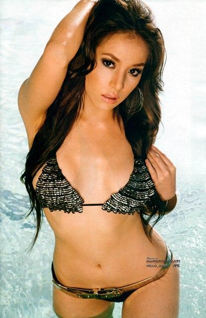Ivonne Reyes Desnuda - Fotos de Famosas