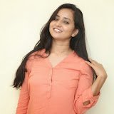 Ishika Singh New Photos 105
