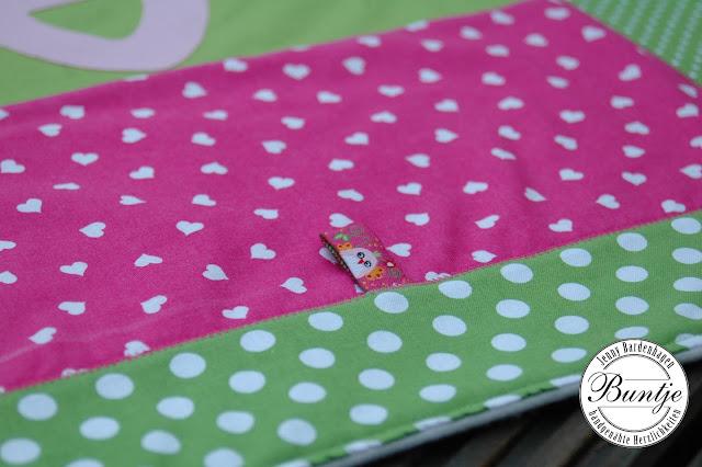 Kuscheldecke Babydecke Baby Decke Krabbeldecke Einschlagdecke nähen Baumwolle Name Fleece Patchwork Buntje Antonia pink grün Schafe Webband
