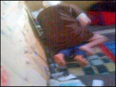 صورة ضبط فقيه يعتدي جنسيا على طفل