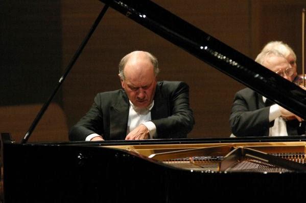 John Lill (c) Roman Goncharov