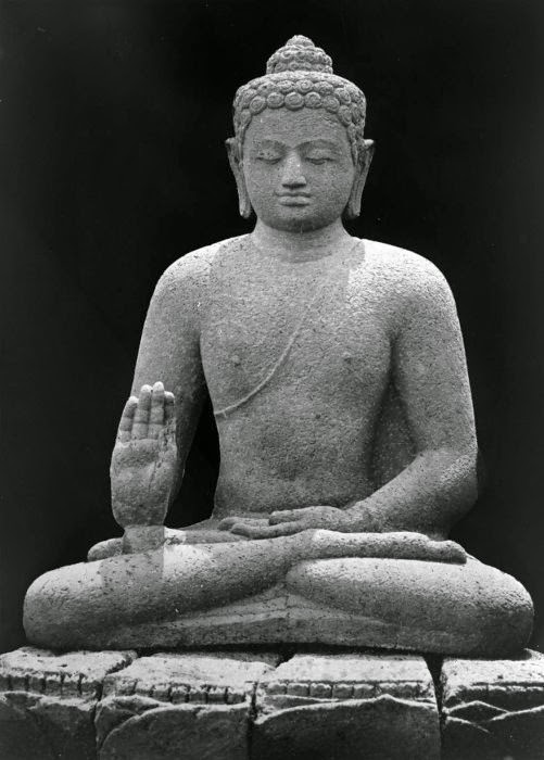 ancient statue of Amoghasiddhi, Tropenmuseum Amsterdam