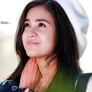 Foto Profil Biodata, Artis Indonesia, Michelle Zudith, Love In Paris