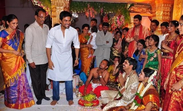South Indian Film News Megastar Chiru And Other Celebs At Vineel Rekha Wedding Photos