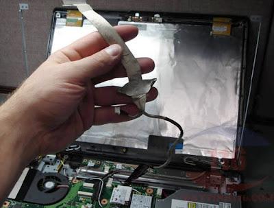Thay cáp màn hình laptop uy tín tại hồ chí minh - 140801