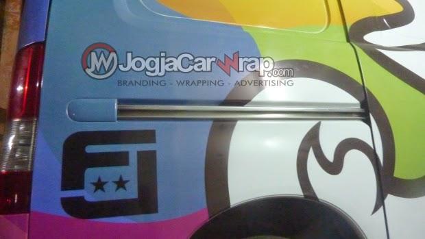 spesialis wrapping,branding,mobil,branding mobil jogja,wrapping mobil jogja,car wrapping,car branding