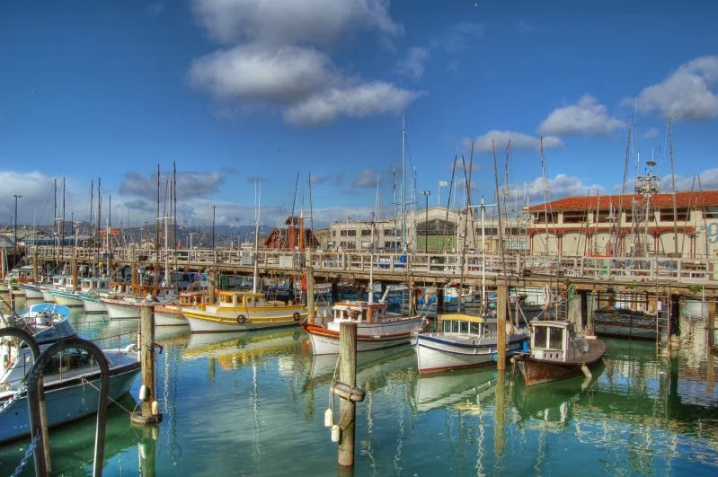 Fisherman s wharf san francisco tourist destinations for Fishing store san francisco