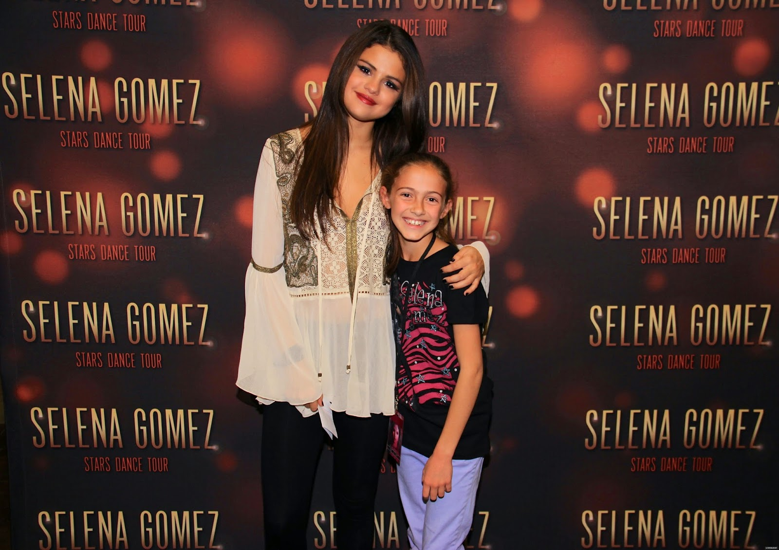 Selena gomez style stars dance world tour meet greet salt lake stars dance world tour meet greet salt lake city utah nov 14 2013 m4hsunfo