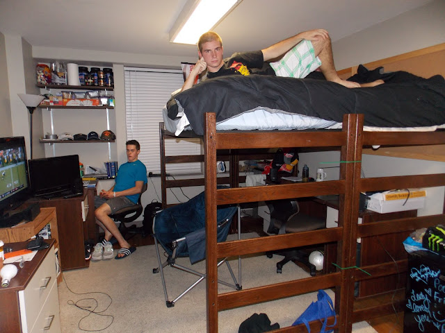 Mizzou cribs hudson hall 39 s coolest pads on campus Dorm room setups