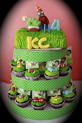 Plants vs Zombie Cupcake Cake