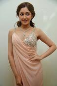 Sayesha saigal latest glamorous photos-thumbnail-9