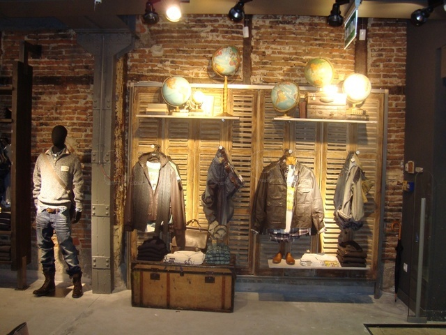 Decoracion Industrial Tienda ~ De tiendas] Tienda Pepe Jeans de Fuencarral, puro industrial