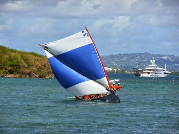 TOUR de YOLES in Martinique
