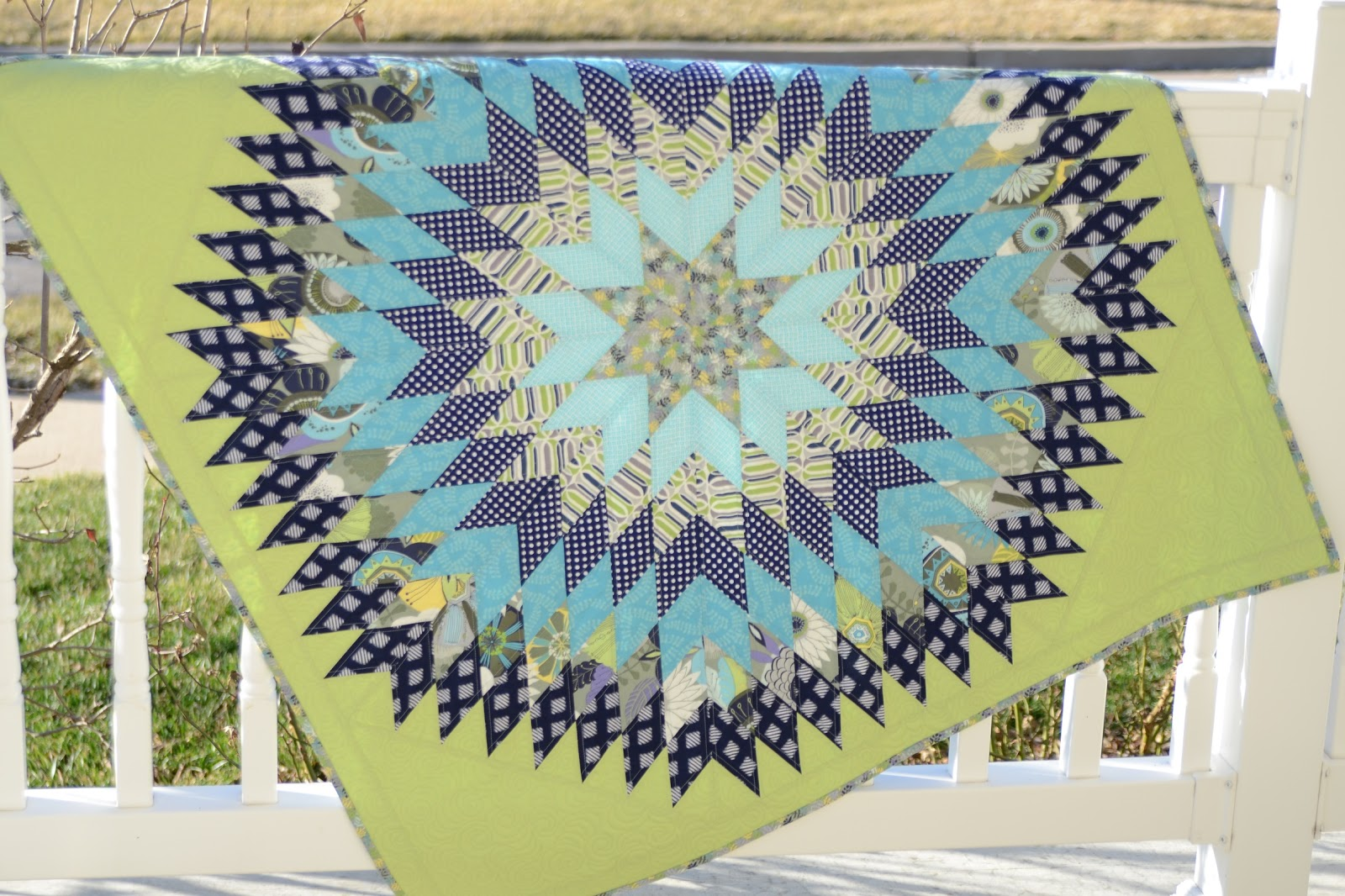 Hyacinth Quilt Designs: A free pattern and more! : sunburst quilt - Adamdwight.com