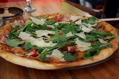 Pizza Primavera - Pizza Cafe Napoli Kosice