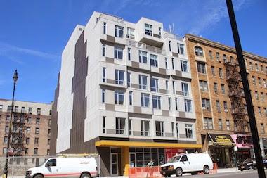 MODULAR HOME BUILDER: Deluxe Supplies Modular Apartment Building ...