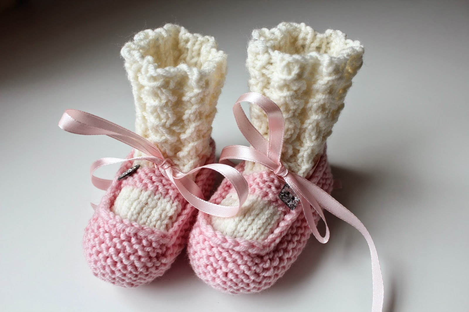 Strikket babybooties