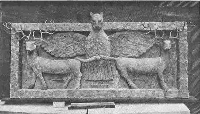 Grabado sumerio en cobre sobre madera que representa Imdugud o Imgig