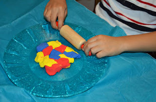 Modeling clay back to school craft #kids
