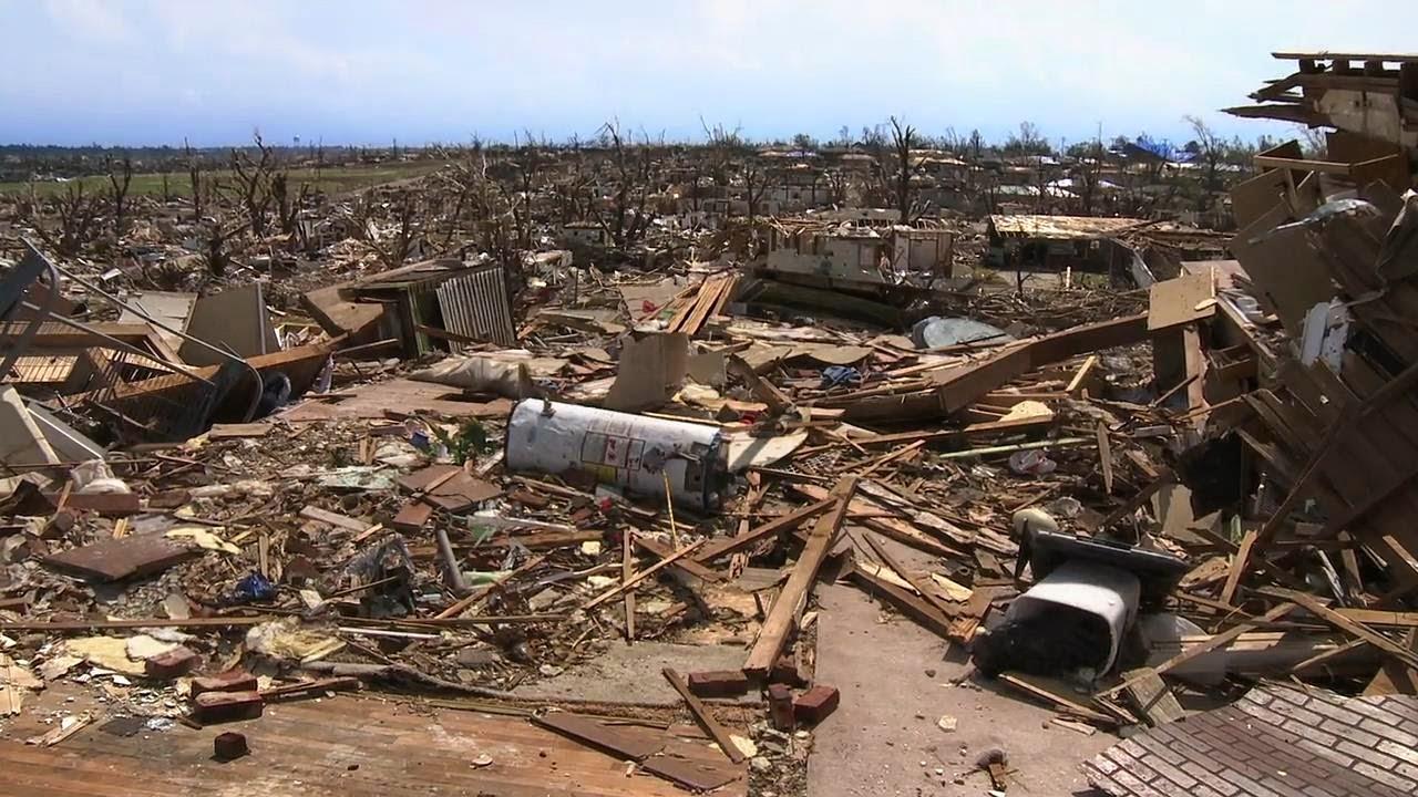 En el Tornado (2014) BRrip 720p Latino-Ingles