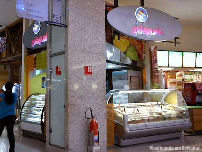 Gelaguela: Fachada da loja do Shopping Iguatemi