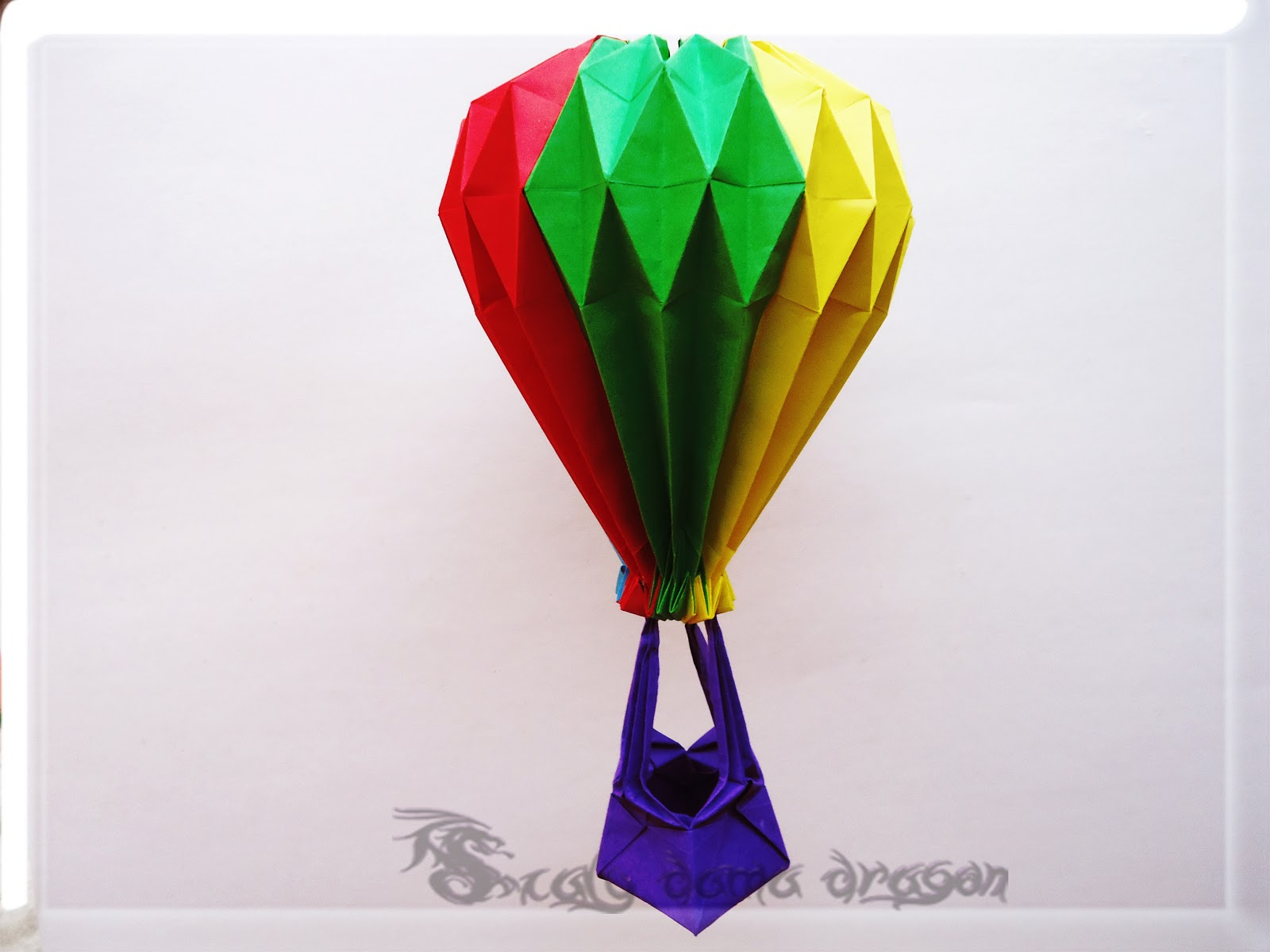 Globo aerosttico origami modular hecho de papel air balloon an error occurred jeuxipadfo Choice Image