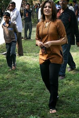 Bangladeshi+Model+Actress+Tinni+hot+Photos,+Picture+Gallery,+Wallpaper008
