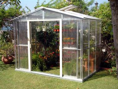 Marzua c mo montar y cuidar un invernadero for Invernaderos de jardin
