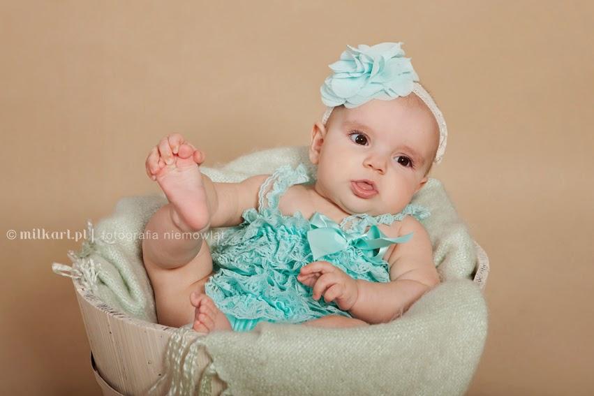 artystyczne zdjęcia dzieci, fotografia niemowlaków, sesja zdjęciowa noworodka, sesje fotograficzne na prezent, fotograf joanna Jaśkiewicz