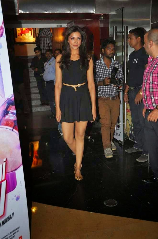Deepika Padukone Hot Thunder Thigh Images