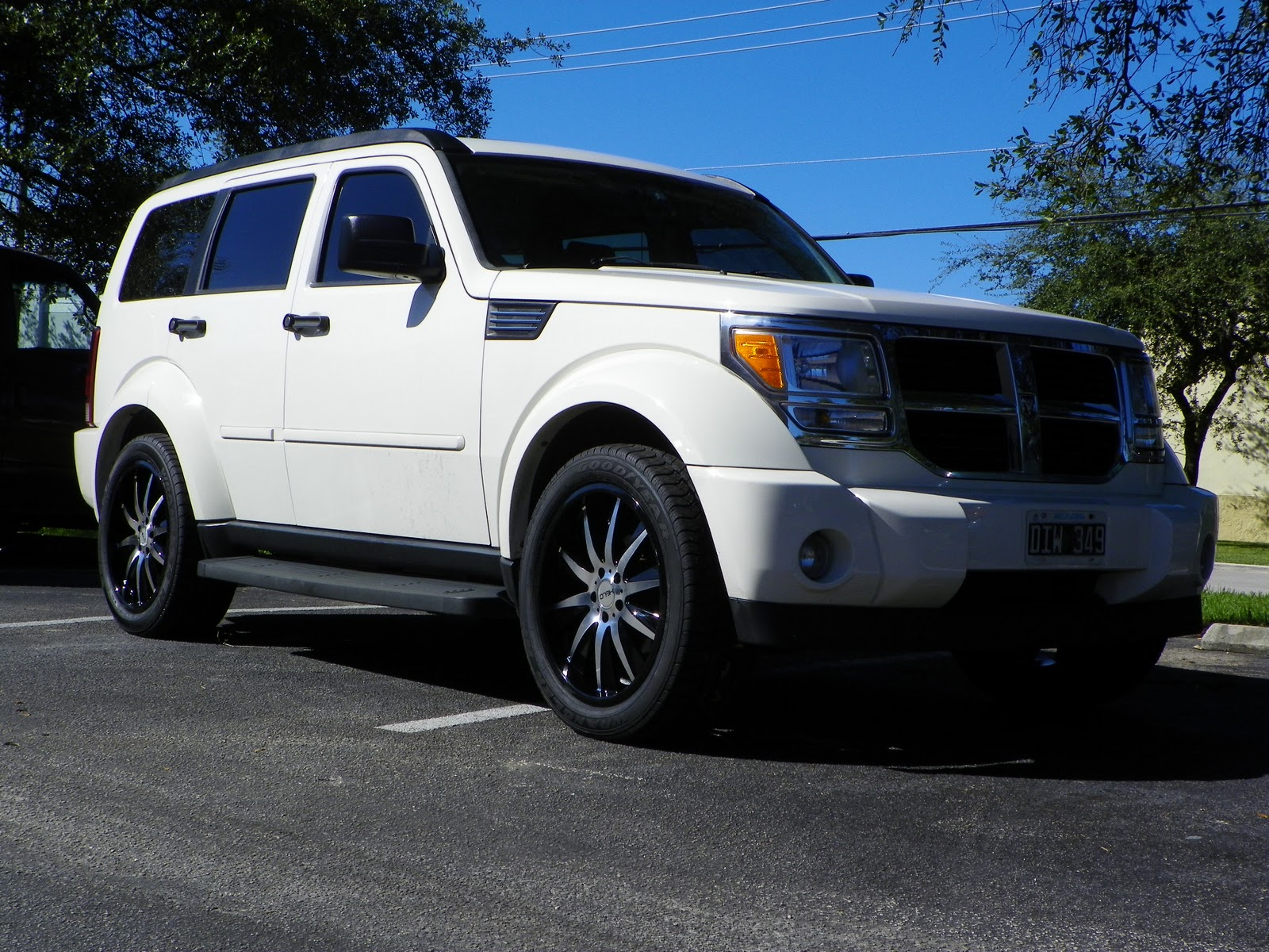 gwt motoring wheels tires more 2007 dodge nitro. Black Bedroom Furniture Sets. Home Design Ideas