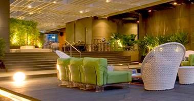 Ruangan Bersamtai Studio M Hotel Singapore