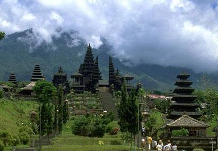 http://indoneculture.blogspot.com/